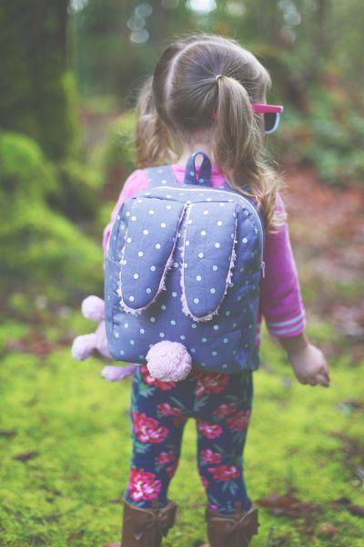 Mochila de coelhinho também pode vira fonte de renda (Foto: sewmuchado.com)
