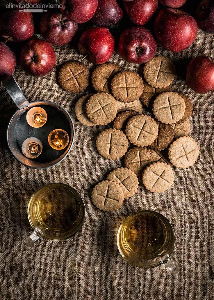 Receta de soul cakes, facilísimas galletas inglesas de Halloween de origen medieval o galletas de almas. Elaboración con fotos paso a paso.