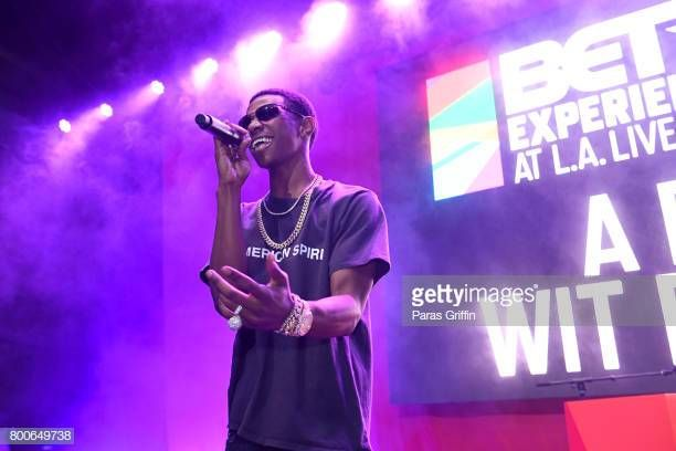 Boogie Wit Da Hoodie Performs Onstage At The Main Stage Performances During The 2017 Bet Experience At L A Boogie Concert Boogie Wit Da Hoodie Purple Aesthetic