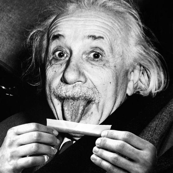 Прикольные картинки с эйнштейном, открытка вкладышем смешные