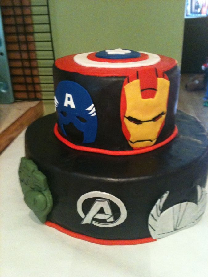 Cake Decorating Ideas Avengers : Avengers cake birthday Pinterest The o jays, Birthdays and Avenger cake