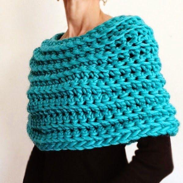 Knit 1 LA: Crochet Capelet No 2 $6.50