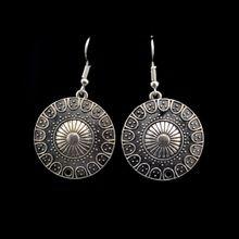 Nieuwe collectie indiase etnische vintage silver grote ronde dangle oorbellen voor vrouwen brincos carving bloem mode-sieraden accessoires(China (Mainland))