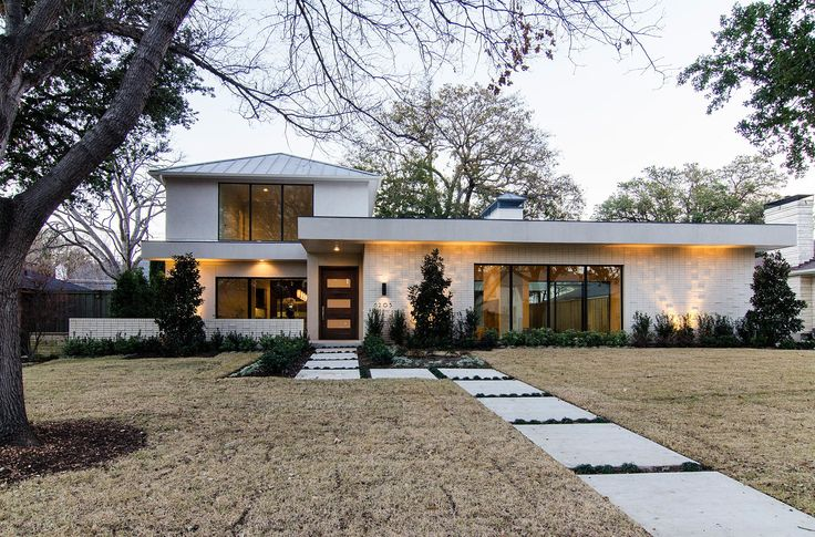 29 best modern contemporary dallas area homes for sale for Modern dallas homes for sale