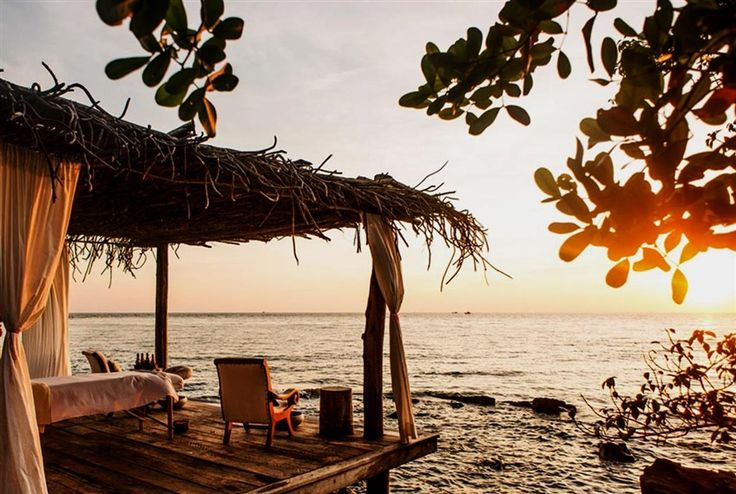 Stunning overwater villas in a surprising location at Song Saa Private Island Resort, Cambodia.  Sign up for our luxury travel newsletter: http://www.luxtripper.co.uk/Signup/Pinterest/PinterestSignup.html