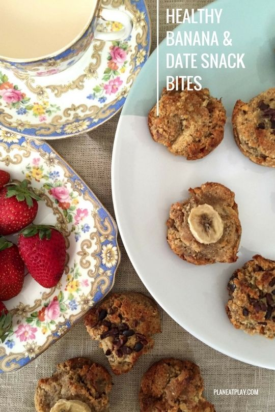 Healthy Banana and Date Snack Bites