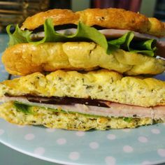 Cloud bread, le pain pauvre en calories, 80 kcal. Venez découvrir cette recette diététique.