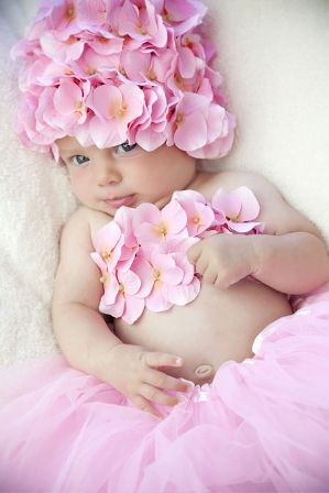 inspiration - changing it to my own specs, of coursePink Flower, Pink Colors, Tube Tops, Baby Hats, Baby Girls, Photos Props, Baby Photos, Rose Petals, Style Fashion