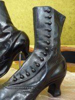 antike Schuhe, antike Stiefel, antike Knöpfstiefel, Schuhe 1900, antieke schoenen, bottines 1900, stivaletti 1900, antikes Kleid, Mode um 1900, Kostüm 1900, viktorianische Schuhe