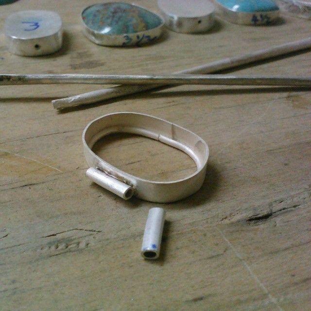 Proyecto de bisagras múltiples para brazalete por nuestra alumna avanzada marta de méndez de panamá