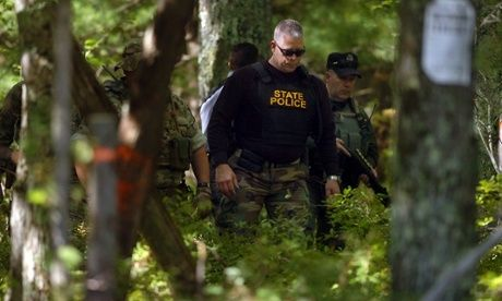 I chose this photo because it is a great action shot that portrays the manhunt for the suspect.