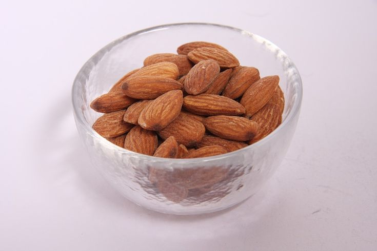 Almond nut suppliers - Soil requirements