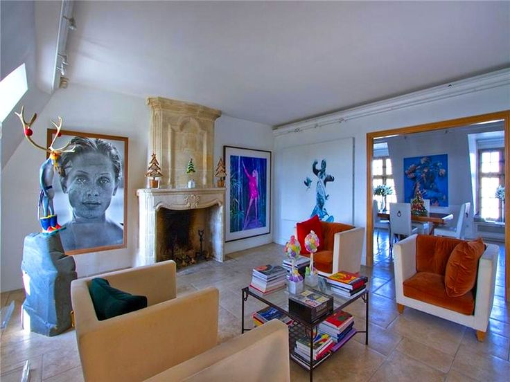 A Big Life Home Decor Using Antiques