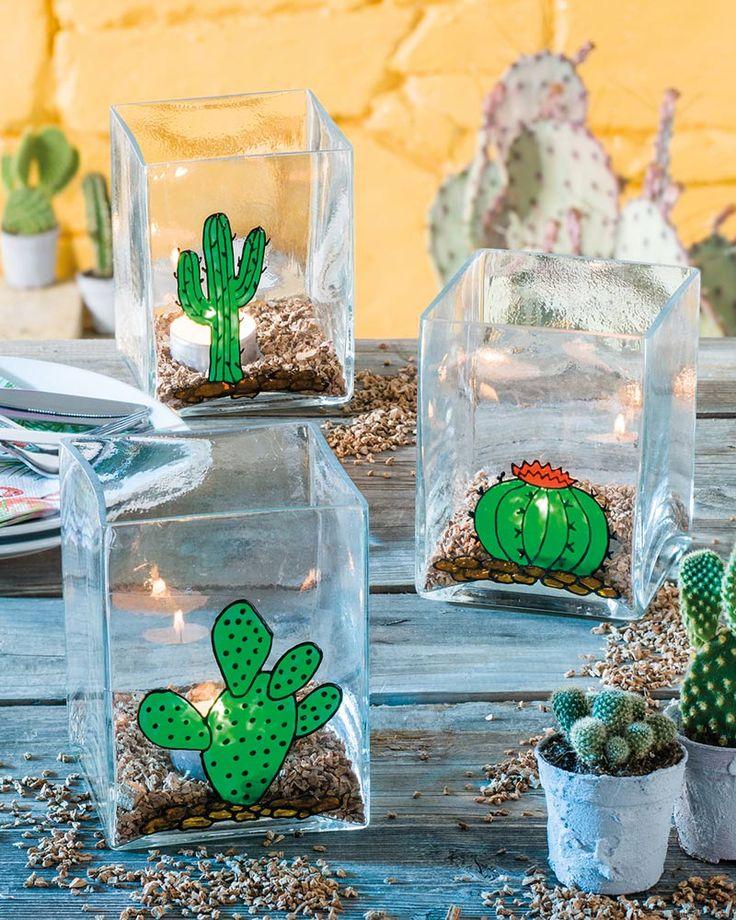 """Kakteen-Windlichter mit Window Color (Idee mit Anleitung – Klick auf """"Besuchen""""!) Mit den strahlenden efco Sunshine Farben ein schlichtes Glas bemalen, Teelicht rein und man hat ein perfektes Windlicht für Balkon und Garten!"""