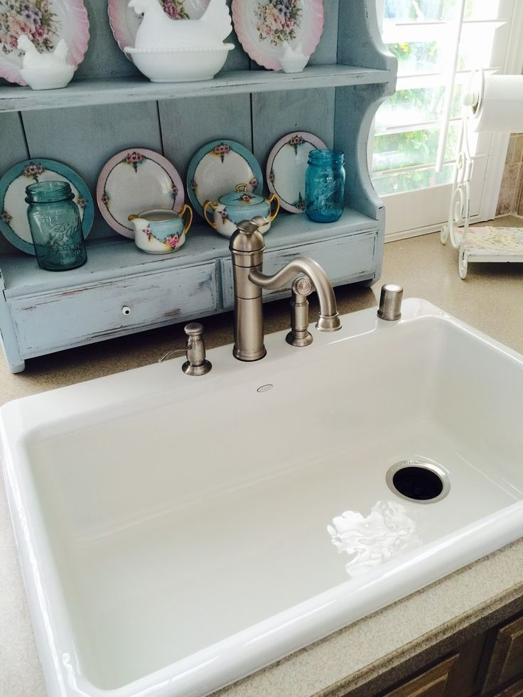 The Beehive Cottage: New Farm~Style Kitchen Sink