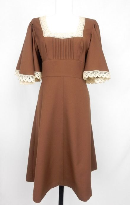 Vintage Brown Swing Dress, Lace Collar & Frilly Sleeves