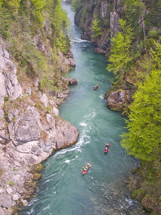 Paddel- Abenteuer am smaragdgrünen Fluss < ZURÜCK ZUM SUCHERGEBNIS FLUSSEXPEDITION AUF DER STEYR PADDEL- ABENTEUER AM SMARAGDGRÜNEN FLUSS Hier steh...
