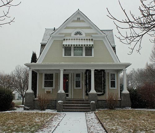 LIKE TOP AWNINGS - dutch colonial homes | Dutch Colonial and Colonial Revival
