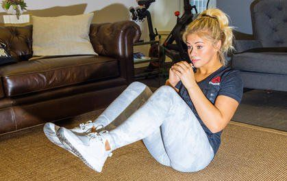 hotel room workout paige van zant