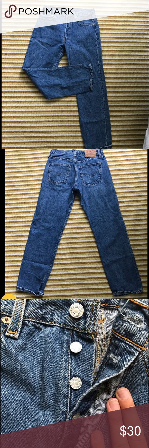 Boyfriend fit 511 Levi's jeans Perfect condition Levi's , boyfriend fit and high rise . Love love these , have a vintage style  to them and fit so adorable . Waist is 15 inches across and say 32 on the back label (measure and pair you love the fit ) Levi's Jeans Boyfriend