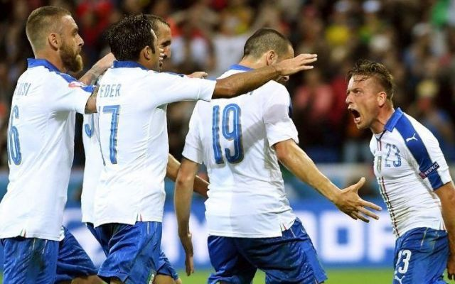 #ItaliaBelgio: così si fa! Così si arriva in fondo a questa competizione Belgio-Italia 0-2, non c'era un modo migliore per cominciare questo europeo. Battere la squadra più forte del girone e andare subito in testa a 3 punti, approfittando del pareggio pomeridiano tra Sve #euro2016 #italia #belgio