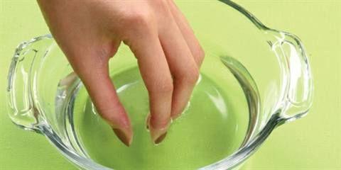 Le unghie che si spezzano? Risponde il dott. Antonino Di Pietro...