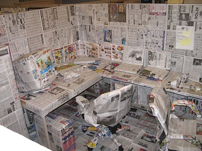 Turn The Office Into A Newspaper | Bored Panda