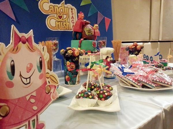 Mesa Candy Crush #decoração #candy #candycrush