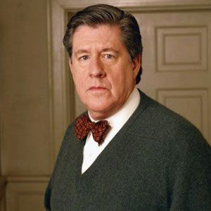 Another sad loss has occurred in the entertainment industry. Edward Herrmann  (July 21, 1943 - December 31, 2014) the accomplished stage, film and TV actor has died at age 71. His was the distinguished voice behind numerous 'History Channel' specials. He often portrayed powerful influential figures, sometimes political, such as Franklin D. Roosevelt in 'Eleanor and Franklin', 'Eleanor and Franklin: The White House Years' and 'Annie'. He gave strong noteworthy...  www.thecinemacafe.com
