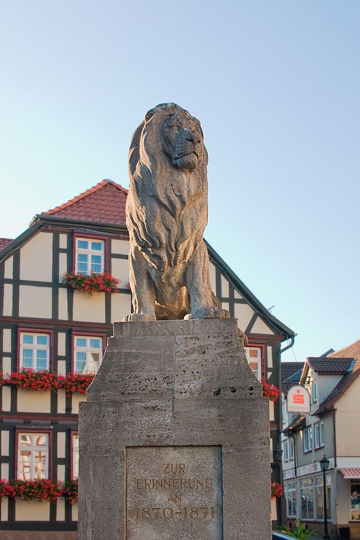 Lauterbach (Hessen) - Löwendenkmal