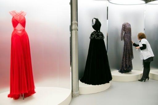 Mode : Exposition hommage à Azzedine Alaïa, couturier à la