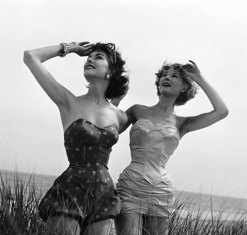"Nancy Berg and model wearing Rose Marie Reid ""Hourglass Maillots"", photo by Nina Leen, July 1952: Vintage Swimsuits, Nina Leen, Best Friends, Beaches Time, Life Magazines, Vintage Bath Suits, 1950, Vintage Vogue"