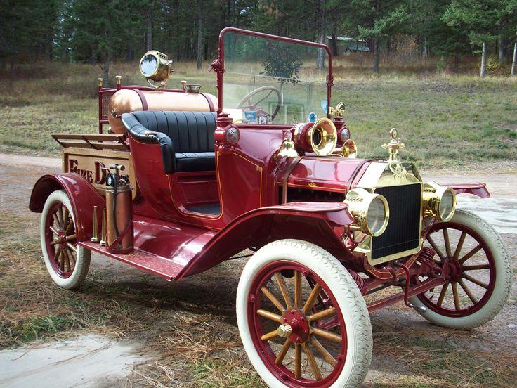 1915 Model T Ford Chemical Fire Truck ...  =====>Information=====> https://www.pinterest.com/joemcdonagh16/antique-fire-pumpers/