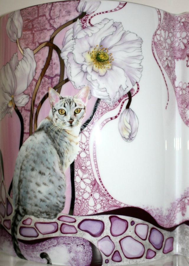 Vase with Kitty by Di Curtin
