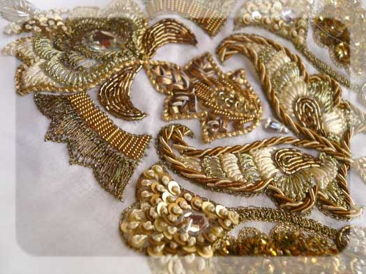 broderie-cannetille-2 gold metal embroidered