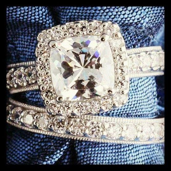 Pretty. Vintage wedding rings