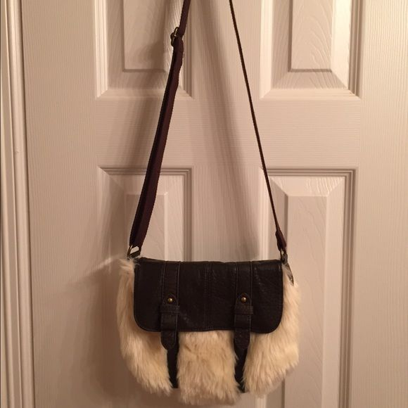 American Eagle Outfitters handbag!!! Super soft and very fun winter handbag.  In perfect shape.  Only carried it a few times.  No stains or tares.  No signs of wear either like new!   American Eagle Outfitters Bags Satchels