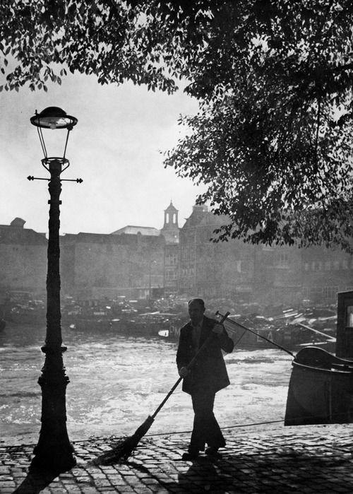 Amsterdam 1957 Photo: Kees Scherer