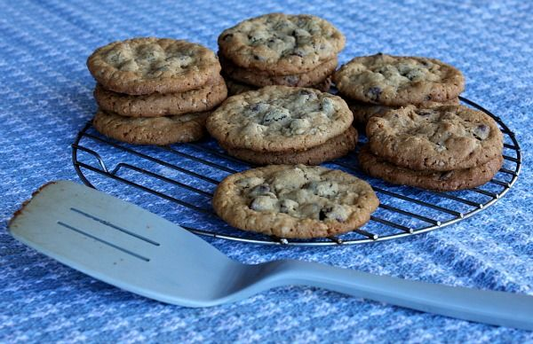 Peanut Butter Chocolate Chip Oatmeal Cookies with Sea Salt | Recipe