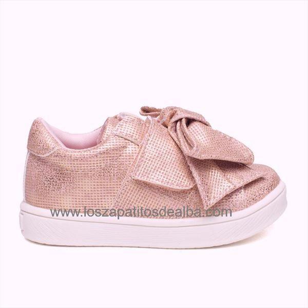 Zapatillas Deportivas baby rosa modelo Lazo