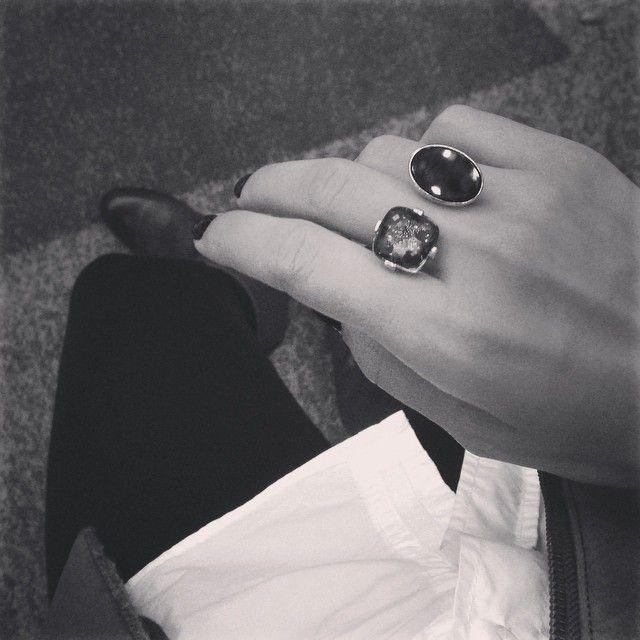 Yesim Yuksek for Alef - gold ring #alefjewelry #yesimyuksek #finejewelry #contemporaryjewelry #designerjewelry #18kgold #ring