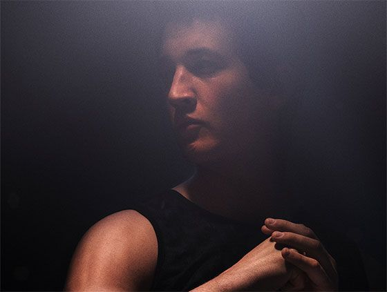 EXCLUSIVE: Miles Teller Talks That Awkward Moment & Divergent