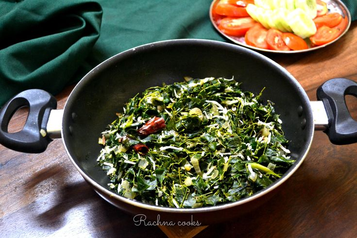This is a nutritious and easy recipe of moringa leaves or drumstick leaves stir fry. Do include it in your diet for its nutritional benefits.