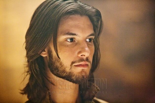 Google Image Result for http://images4.fanpop.com/image/photos/19400000/KING-CASPIAN-ben-barnes-19403459-630-420.jpg