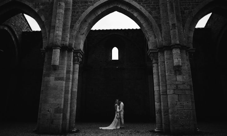 Italian Wedding Photographer in Tuscany, Based between Siena and Florence. Destination Wedding Photography, Photojournalist and Storyteller, Portraits.