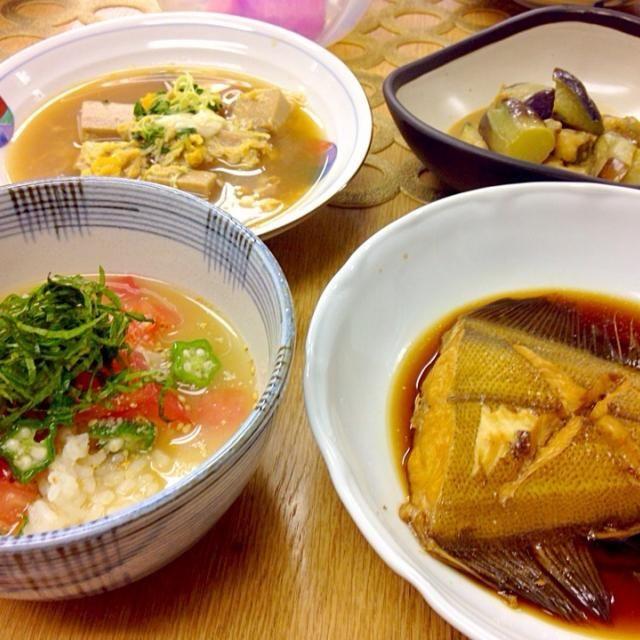 料理教室でしたー 暑い日にぴったりレシピでサラサラと頂いた - 151件のもぐもぐ - かれいの煮付け、ナスのピーナッツ和え、高野豆腐の煮物、トマトとオクラの冷やし汁 by torakichi6