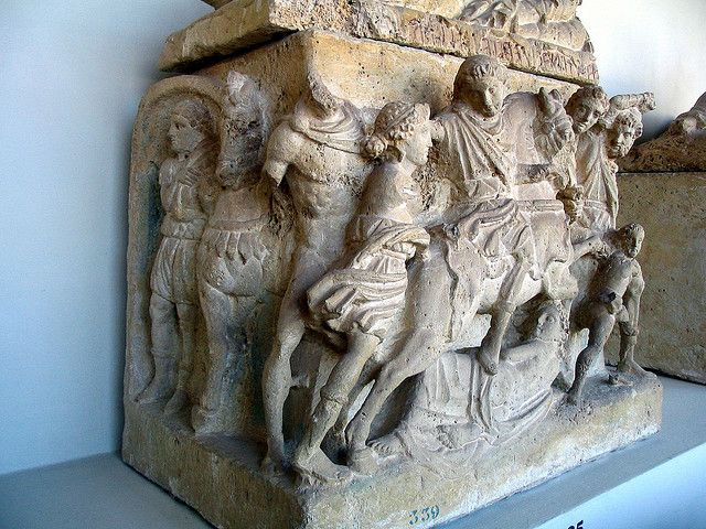 Etruscan urn in Perugia, detail. | The Madness of King Athamas. Palazzone, Villa Baglioni. The Hypogeum of the women of the Velimna (Latin Volumni) family, found in 1797.End of the 3rd - 2nd cent. BCE