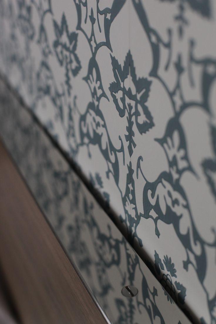 Papier peint Farrow & Ball, Brocade. Chambre d'hôtel, Florence Tory www.f-tory.com