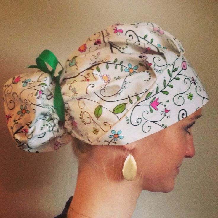 Vines bouffant surgical scrub hat at www.alikaps.com would be great for a nurse anesthetist, crna, or any nurse or surgeon! Sterile meets style!