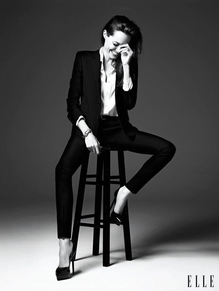 прямой силуэт Angelina Jolie4